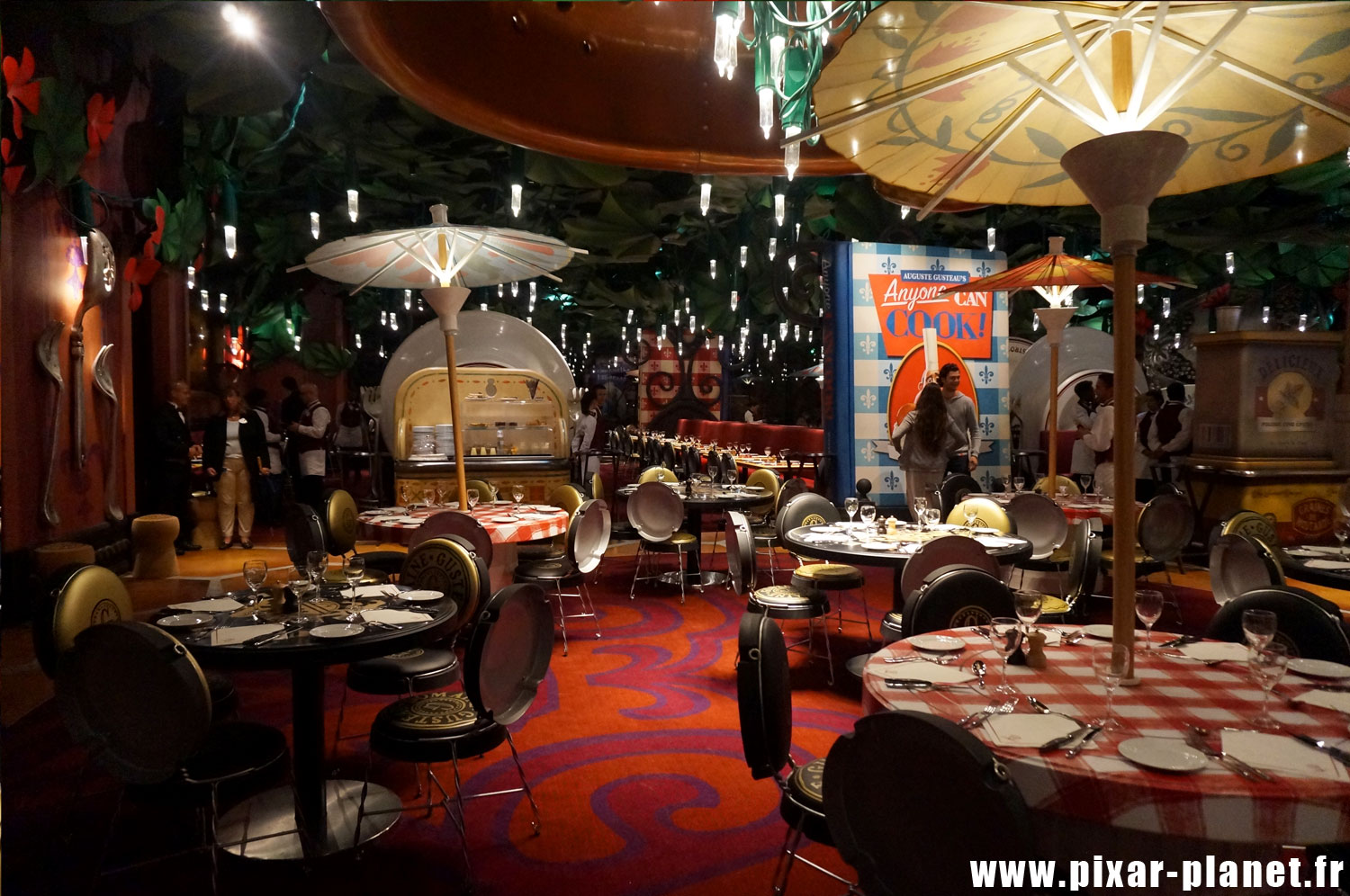 bistrot chez remy disneyland paris the deluxe group. Black Bedroom Furniture Sets. Home Design Ideas